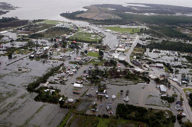 Huragan Florence może doprowadzić do katastrofalnych powodzi