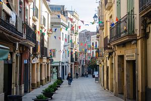 Barcelona bez turystów? Przewodniczka opowiada o miejscach, w których jest ich mniej. Wiele z nich uwielbiają mieszkańcy