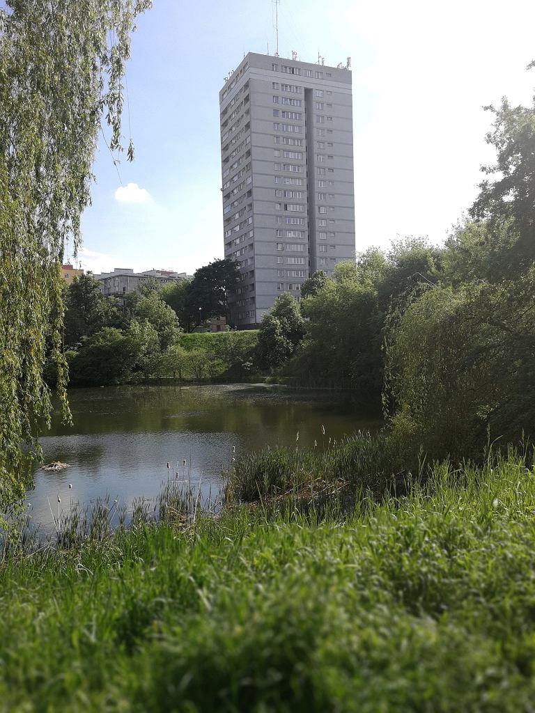 Budynek przy parku Morskie Oko / Alicja Latkowska