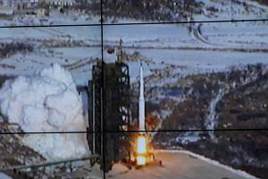 Korea P�nocna straszy �wiat rakiet� dalekiego zasi�gu