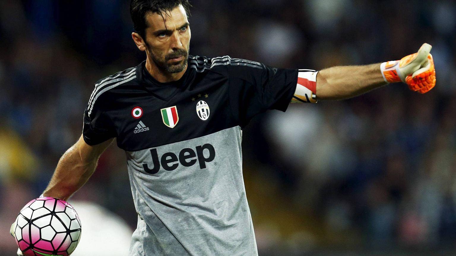 9ce054063a3b7 Liga Mistrzów. Juventus - Sevilla. Tożsamość Juventusu Piłka nożna ...