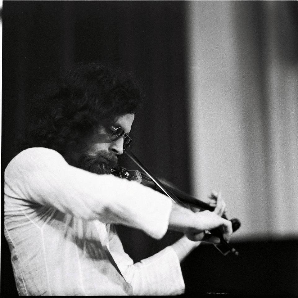 Genialny jazzman Zbigniew Seifert. Chcieli z nim gra� najwi�ksi
