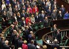 Sejm przeg�osowa� dalsze prace nad ustaw� PiS o Trybunale Konstytucyjnym