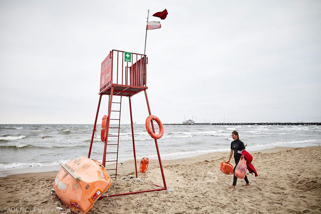 Co roku przez utonięcie traci życie kilkaset osób (fot. Jan Rusek / Agencja Gazeta)
