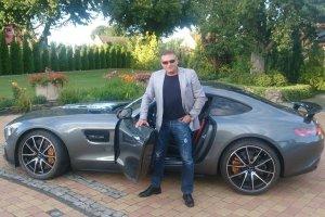 Detektyw Rutkowski kupi� nowy samoch�d