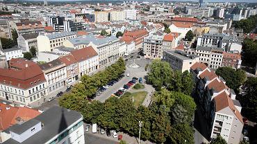 Plac Orła Białego. Widok z wieży katedry