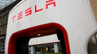Tesla wstrzymała czasowo produkcję Modelu 3