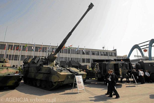 Siemoniak: polski przemysł uzbroi polską armię