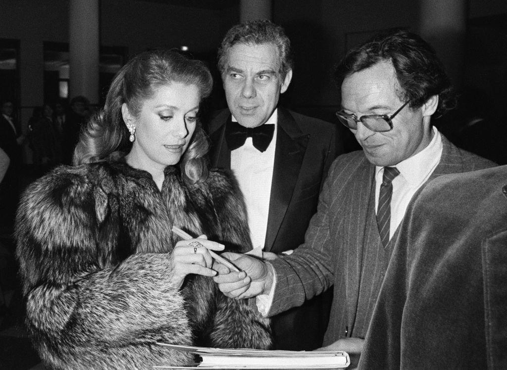 Catherine alric and anne jousset t empeches tout le monde de dormir 1982 - 5 4