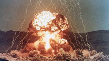 Próbna eksplozja jądrowa na poligonie w Nevadzie 15 kwietnia 1955