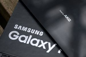 Samsung Galaxy S9 będzie flagowcem z krwi i kości. Z jedną słabszą stroną