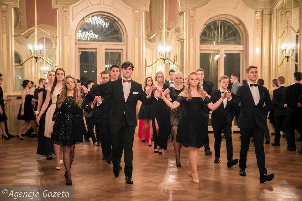 Zdjęcie numer 0 w galerii - Studniówka liceum Uniwersytetu Łódzkiego w Pałacu Poznańskiego [ZDJĘCIA]
