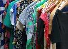 6 rzeczy, których musisz pozbyć się ze swojej szafy, aby... zrobić miejsce na nowe zakupy
