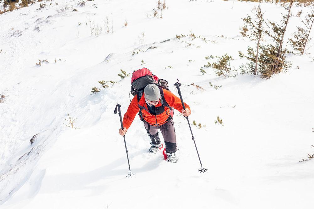 Jak ubrać się na zimową wycieczkę w góry?