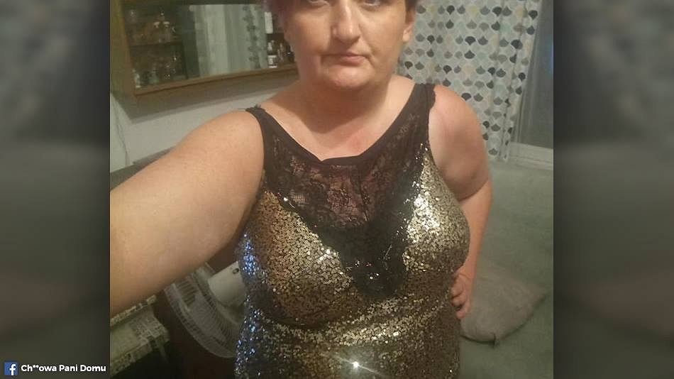 Ania przerobiła suknię przy pomocy koronkowych majtek.