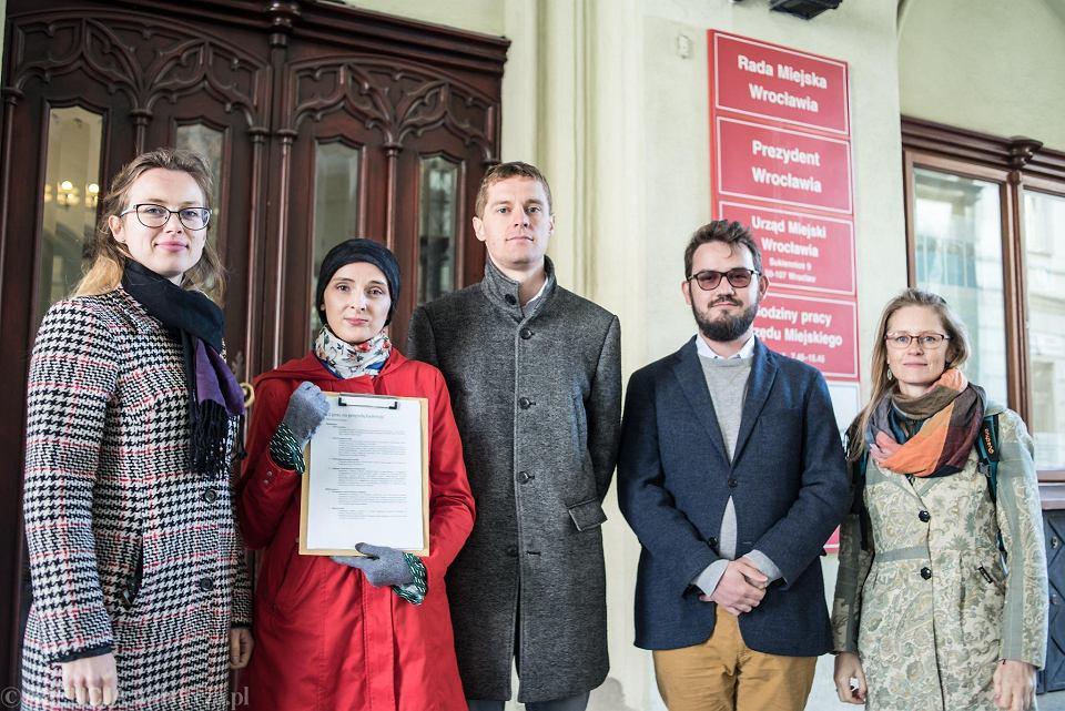 12 postulatów dla przyszłego prezydenta Wrocławia od Akcji Miasto i Towarzystwa Upiększania Miasta Wrocławia