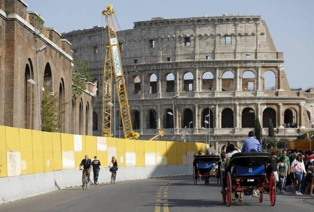 Jedziesz do Rzymu i chcesz mie� idealne zdj�cie Koloseum? Przygotuj si� na przykr� niespodziank�...