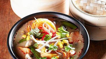 Zupa tajska z tamaryndowcem