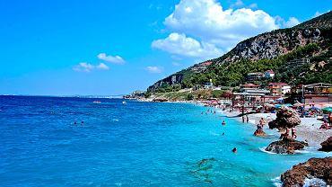 Wlora / Albania