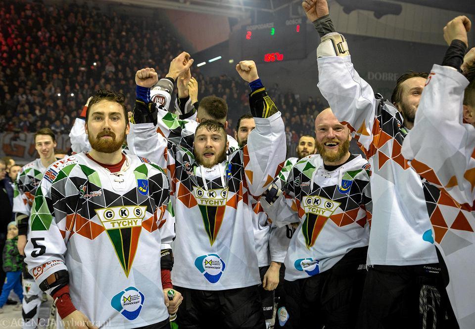 Hokeiści GKS-u Tychy po wywalczeniu mistrzostwa Polski
