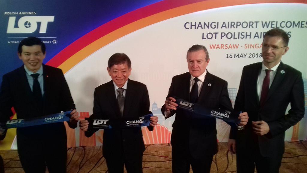 Zdjęcie numer 2 w galerii - LOT zainaugurował połączenie do Singapuru. Zainteresowanie duże, będą dodatkowe rejsy