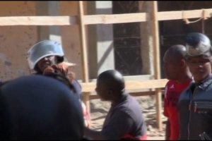 Zamach terrorystyczny w Mali. S�u�by uwolni�y wi�kszo�� zak�adnik�w. Blisko 20 ofiar �mi