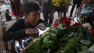 Pogrzeb ofiar wybuchu wulkanu w Gwatemali