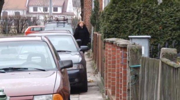 Zgłosił źle zaparkowane auto. Po przyjeździe policja wystawiła 28 mandatów