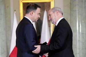 Prezydent o Macierewiczu: dymisje generałów to nie problem. Jest problem obsady ataszatów i problem Misiewicza