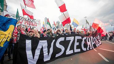 'Marsz Niepodległości' organizowany przez skrajnych prawicowców 11 listopada 2017 w Warszawie