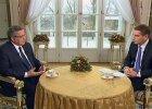 """Prezydent u Lisa krytykuje Tuska. Okr�g�y st� - jak z PRL. OFE? """"Wola�bym, by wcze�niej kto� pomy�la� o reformie finans�w publicznych"""""""