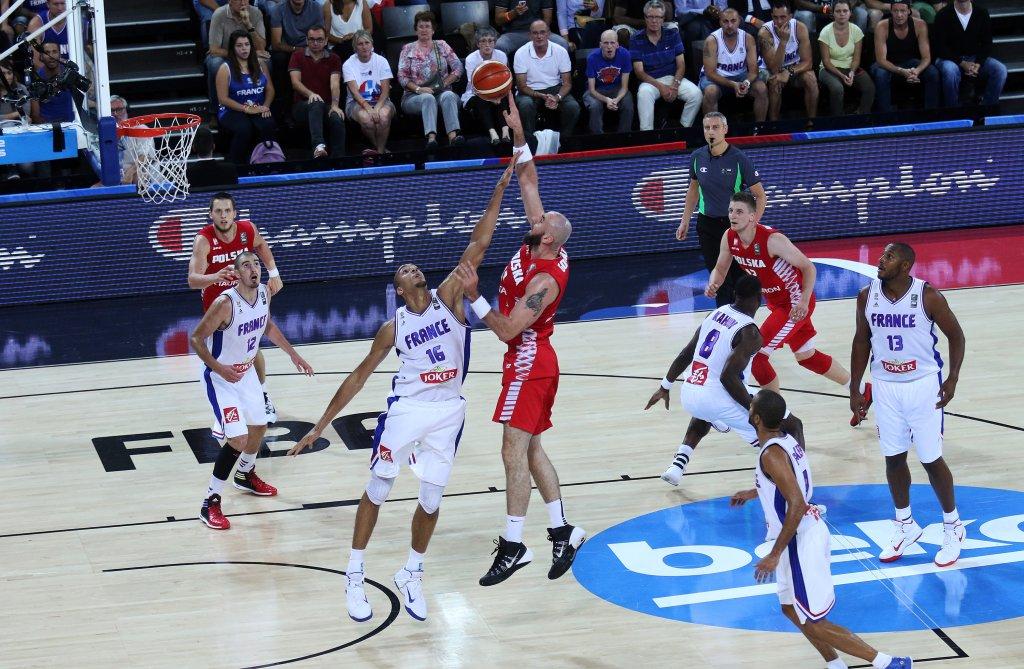 Marcin Gortat w meczu z Francją