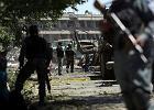 80 osób zginęło w wybuchu w rządowej dzielnicy. Wśród poszkodowanych telewizyjna ekipa BBC