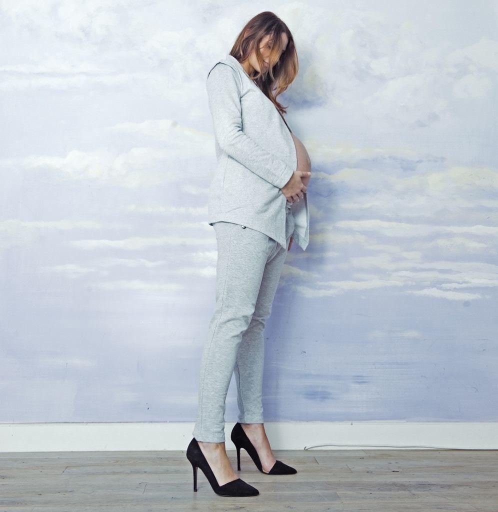 1e9be755cdbe0 Moda dla kobiet w ciąży w risk. made in warsaw
