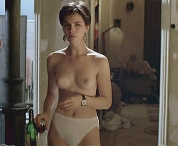 Keira knightley uncovered in hd 9