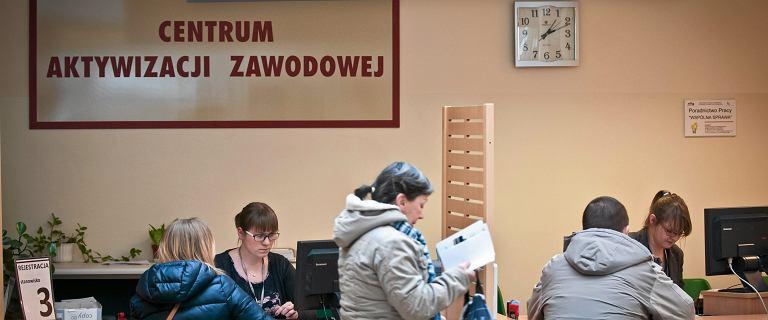 W Polsce po raz pierwszy od 2010 r. spadła liczba pracowników tymczasowych. Co się dzieje?