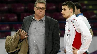 Wojciech Drzyzga z synem Fabianem przed meczem Politechniki z Resovią