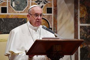 Papież Franciszek: Prośmy ofiary nadużyć seksualnych o przebaczenie
