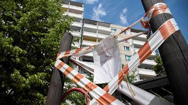 Katowice, osiedle Witosa, plac zabaw przy ul. Barlickiego