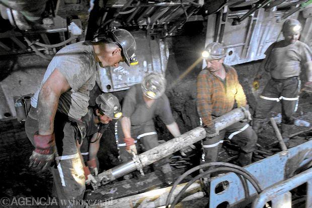 P� miliona Polak�w traci zdrowie w pracy