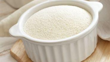 Ponieważ kasza manna zawiera gluten, nie powinny jej spożywać osoby na diecie bezglutenowej, np. chorujące na celiakię..