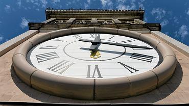 Największy zegar w Polsce na Pałacu Kultury i Nauki