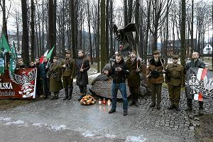 """Ks. Mi�dlar pod pomnikiem """"Ognia"""": Przeniesienie do Zakopanego to nie kara"""