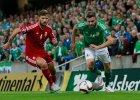 Tamas Kadar (z lewej) podczas meczu Węgry - Irlandia Północna 1:1 w eliminacjach do Euro 2016