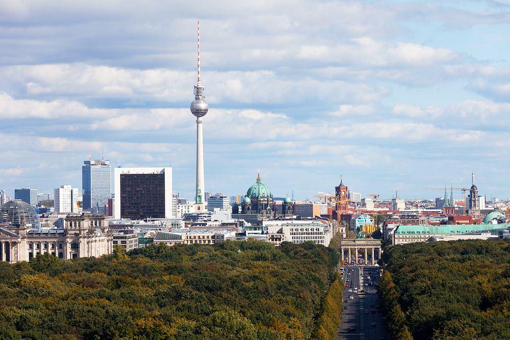 Wie�a telewizyjna Fernsehsturm w Berlinie, Niemcy / fot. Shutterstock