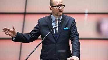 19.02.2018, Gdańsk, prezydent miasta Gdańska Paweł Adamowicz potwierdza złożoną dzień wcześniej deklarację o zamiarze kolejnego startu w wyborach samorządowych.