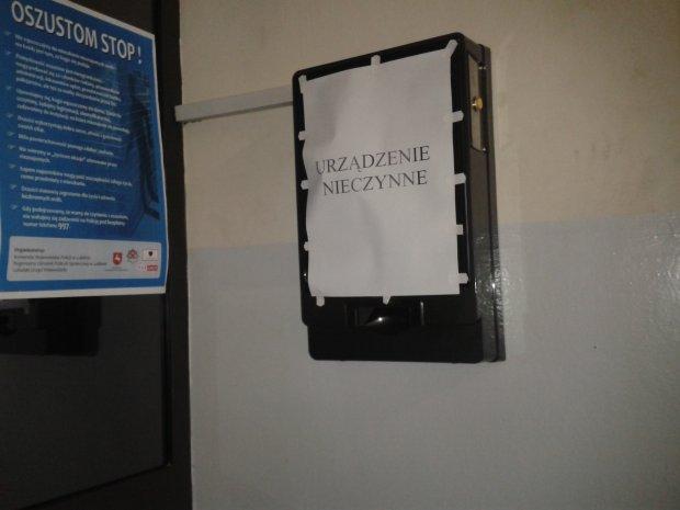 Alkomaty w komisariatach nie dzia�aj�. Brak pieni�dzy