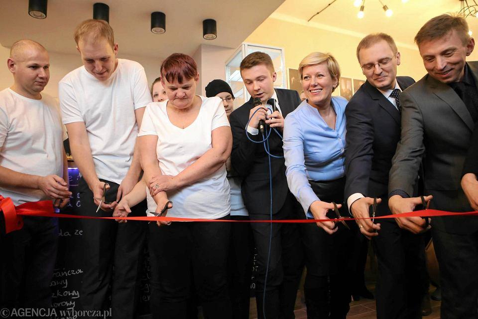 Zdjęcie numer 3 w galerii - Mamy w Częstochowie nową klubokawiarnię. To Alternatywa 21 [WIDEO]