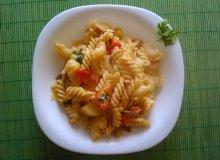 Makaron z pesto i warzywami - ugotuj
