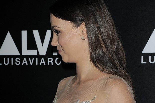 Paulina Krupi�ska po�yczy�a sukni� od Natalii Siwiec? Padli�my! Dekolt prawie NAGI